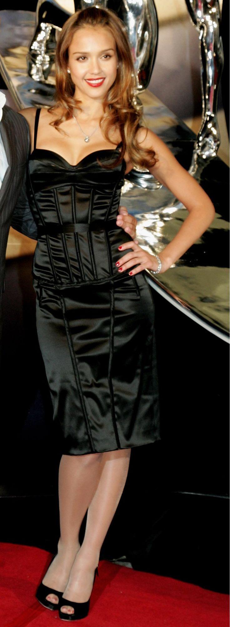 Apologise, jessica alba wearing pantyhose
