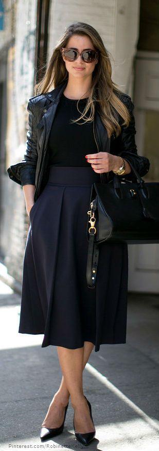 Black midi skirt casual work outfit street style, jaqueta de couro no look de trabalho