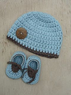 Baby Crochet Shoes- photo tutorial FREE- GREAT GIFT IDEA!