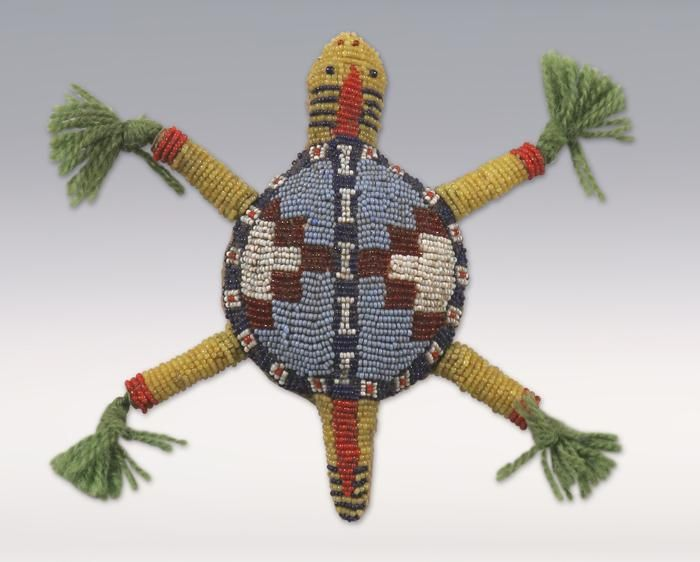 Sioux Beaded Turtle Fetish, early 1900s http://www.icollector.com/Sioux-Beaded-Turtle-Fetish-early-1900s_i9687384