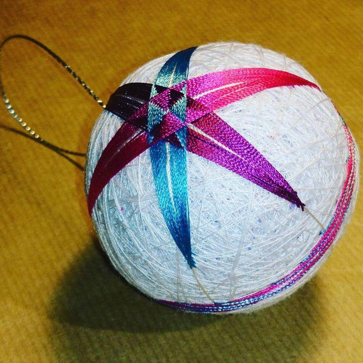 "3 Likes, 1 Comments - Raluca Ioana Simonffy (@ralucamorena) on Instagram: ""#purple #blue and #fuchsia #star #temari #ball #xmasdecorations #crafts #craftsuk #handmade…"""
