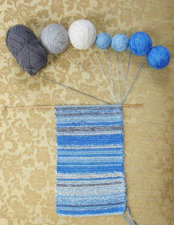 The Sky Scarf: one row a day for a year, matched to the color of the sky that day. Cool idea!!