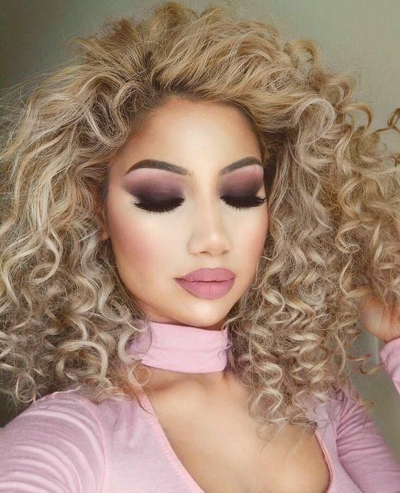I must try this makeup and hairstyle - Miladies.net