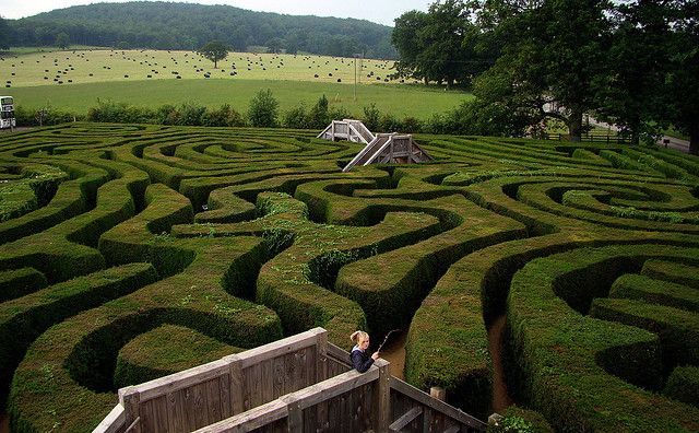 England, Countryside Garden with Labyrinth. #gardening #nature #design #labyrinth