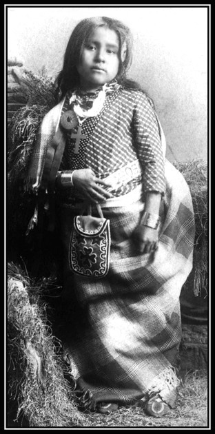 Inusk, is a Kickapoo girl and also the daughter of a chief. She walked six miles to attend school every day. This photo taken between 1880 and 1890. #Indian