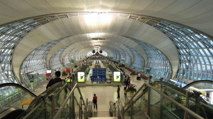 Guide to Suvarnabhumi Airport including how to travel from and to Suvarnabhumi Airport, transfer between airports, hotels near the airport and many more.