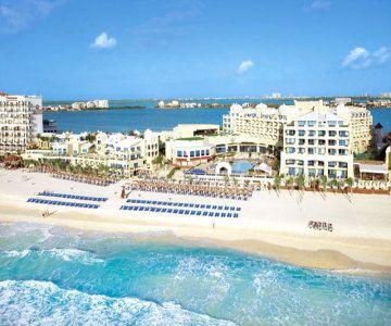 Ocean Riviera Paradise Daisy Family Club All Suites Resort-All Inclusive in Playa del Carmen, MX | BookIt.com