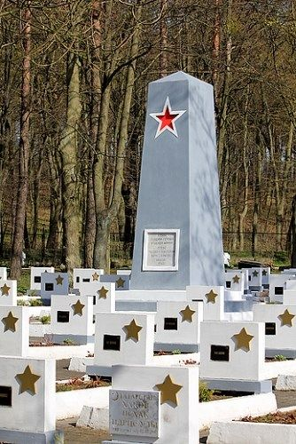 GC5MJ9K Wojskowe Cmentarze Grudziądza (Traditional Cache) in Kujawsko-Pomorskie, Poland created by matooh