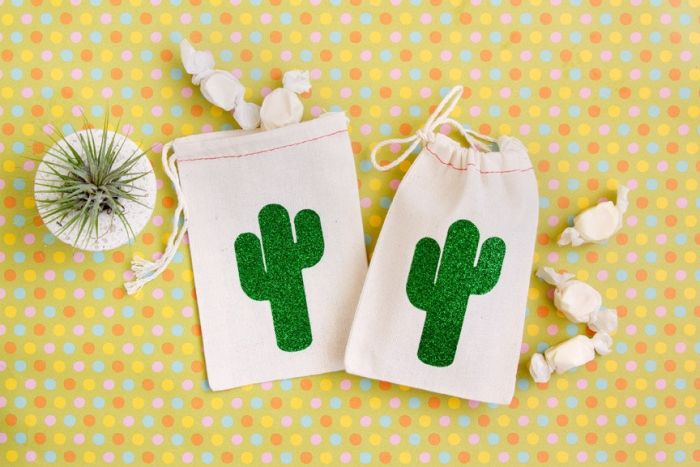Southern Wedding Gift Bag Ideas : ... Wedding Favors on Pinterest Free wedding templates, Themed weddings