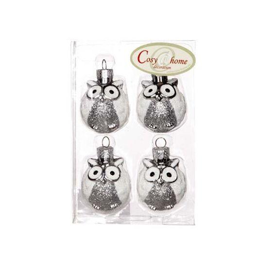 Deze zilveren onbreekbare kerstballen in uiltjes vorm zijn gemaakt van kunststof en zitten per 4 verpakt. Afmeting: ca. 4 x 3 cm.