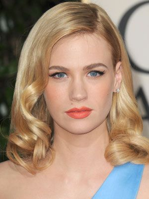 I love January Jones' perfect modern vintage look. She looks like one of the early Barbies.