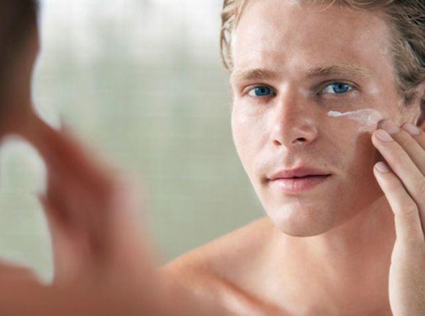 Mannen spenderen meer aan cosmetica dan aan fitness. Gemiddeld € 120 per maand.