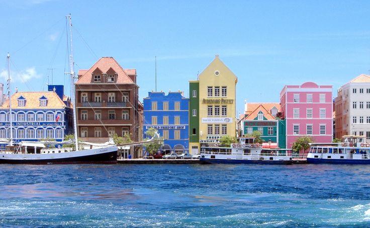 Meilleures destinations bord de mer, maisons et villas côtières avec vue sur mer, intérieurs maritimes et vacances à la plage par The Cool Republic magazine, blog déco et design