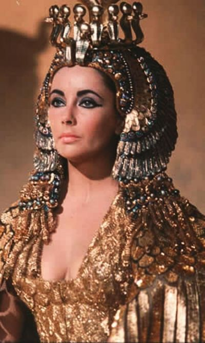 Elizabeth Taylor dressed as Venus when she played as Queen Cleopatra.