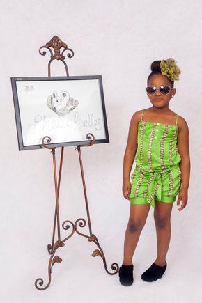 Enorme coup de coeur pour la ligne Shells Belles Kids lancée par la créatrice nigériane Shelly connue sous le nom de Shells Naija. Impossible de ne pas tomber sous le charme de ses jolies mannequnins habillées par les vêtements de la marque. Shells Belles Kidz: stylish, modern and ankara-inspired. En créant cette marque, la créatrice ...