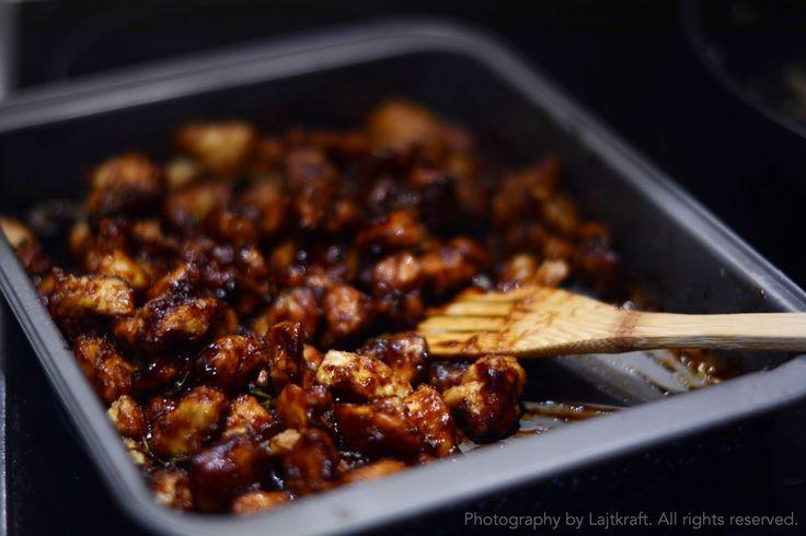 Spicy glaze chicken on the rise blanket | LAJTKRAFT food