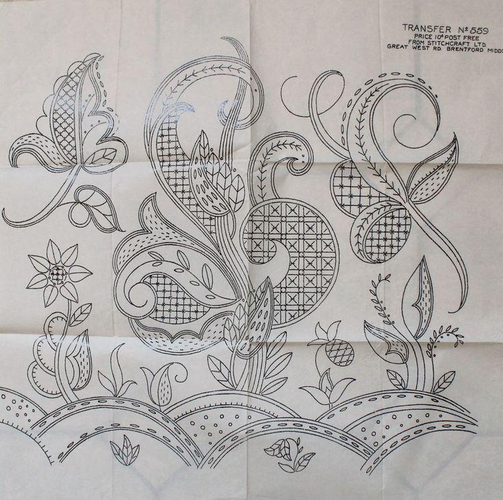 VINTAGE - STITCHCRAFT LTD no.559 LARGE JACOBEAN DESIGN EMBROIDERY TRANSFER