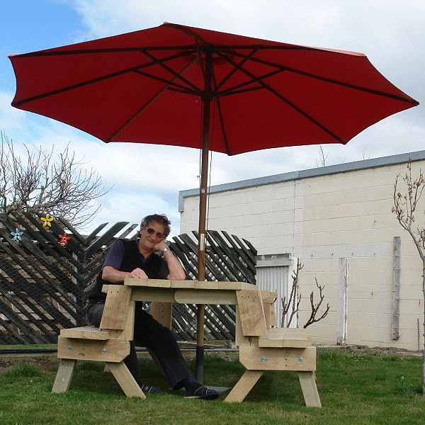 2 in 1 seat and picnic table made by Clive - photo 2