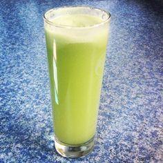 Recreating Wagamama's super green juice #sogood #mint #apple #celery #lime #mmm #juicing #greenjuice #detox #fresh #summer