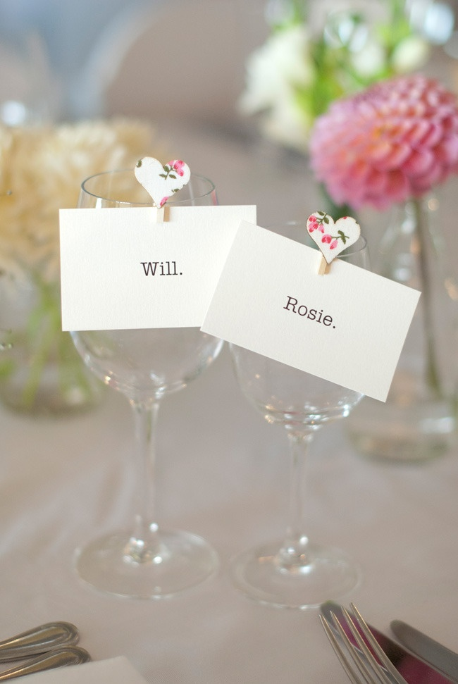 simple and sweet seating card idea  Photography by velaimages.com