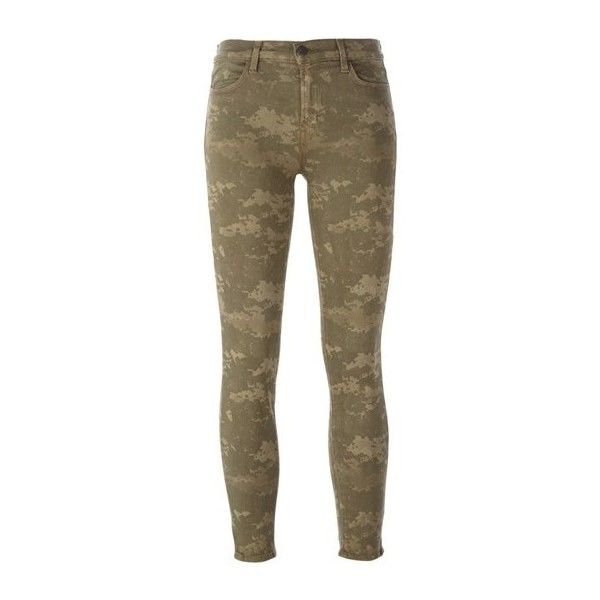 J BRAND Camouflage Print Skinny Jeans ($144) ❤ liked on Polyvore featuring jeans, pants, bottoms, calças, green, camo jeans, camouflage jeans, skinny leg jeans, skinny jeans and cut skinny jeans