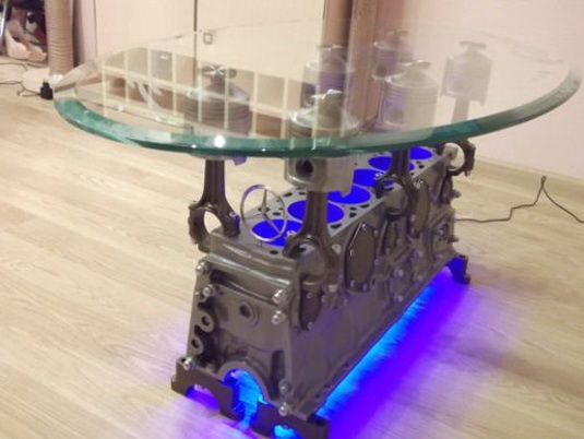 Going beyond vintage candlesticks, Etsy shop owner Andrejs Isajevs now tries his hand at morphing a discarded Mercedes-Benz S-type 1983 280SE engine block into a spectacular coffee table. And believe us, the end product that culminates in an eye-catching piece of furniture is none less than spectacular, to say the least. The DIY coffee table features high quality finish and smooth edges.