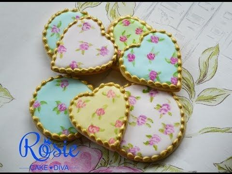 (17) Flood Filling Biscuits with Icing Tutorial - YouTube