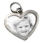 Foto bedel of munt met tekst voor aan een armband of ketting.