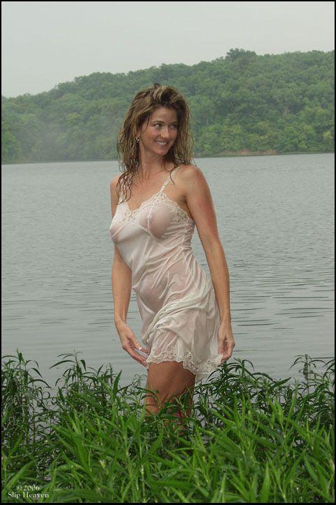 Melina kanakaredes lingerie