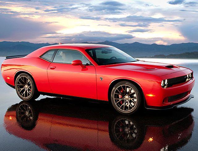 2016 Dodge Challenger - Classic American Muscle Car  Para saber más sobre los coches no olvides visitar marcasdecoches.org