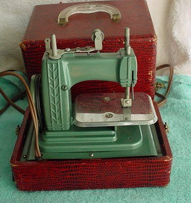 Betsy Ross Sewing Machine Child Toy with Case (the only electric toy sewing machine in my collection)