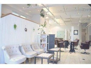 Neolive tiaLa 下北沢店の写真