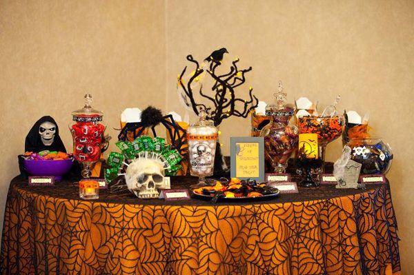 Halloween wedding candy buffet: