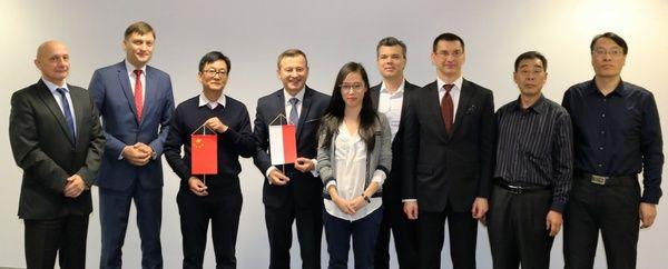 Chiński gigant górniczy wchodzi na polski rynek wydobycia węgla _ __