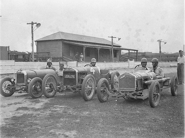 From left, supercharged 1924 Alvis of Fred Braitling, no.4 (registration no. 226-276) is the Fronty Ford Special of Charlie Spurgeon and no.3 is the Rajo Ford Special of Don Shorten, taken for Cinesound, Wentworth Autodrome, Nov 1933, Ted Hood by State Library of New South Wales collection, via Flickr
