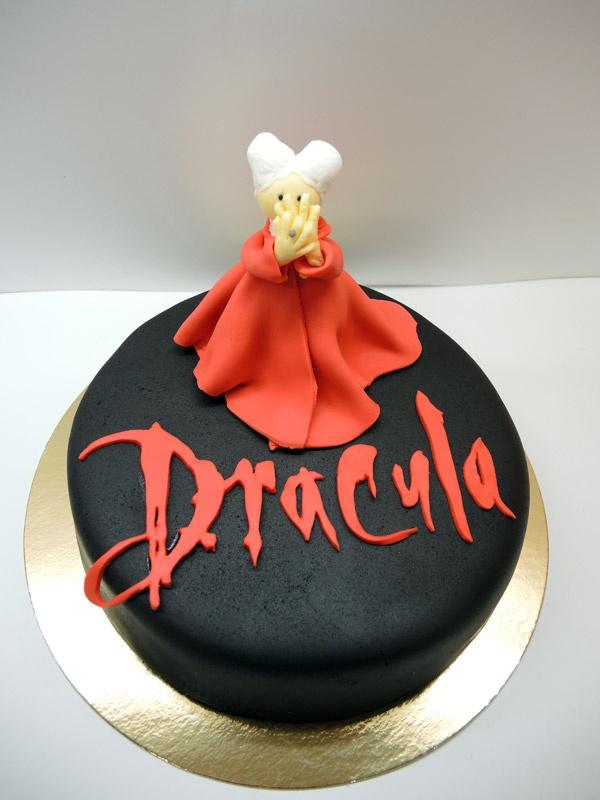 Resultado de imagen de dracula cake