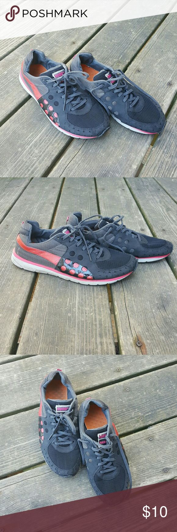Sport shoes Puma sport shoes Black with dark pink and grey accents Very comfirtable Puma Shoes Sneakers