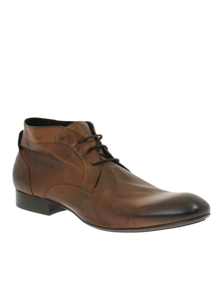 Brune støvler med potentiale
