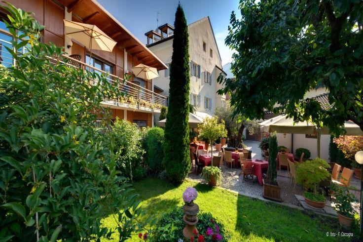 Das Hotel Traube ist der idealer Ausgangspunkt für den Altstadtbummel in den romantischen Lauben und Gasse.