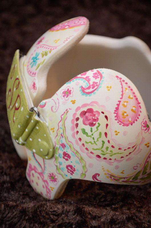 """Paisley band for baby """"Paisley""""  https://www.facebook.com/Cranial-BandsMurals-by-Leigh-Gibson-153150921414230/"""