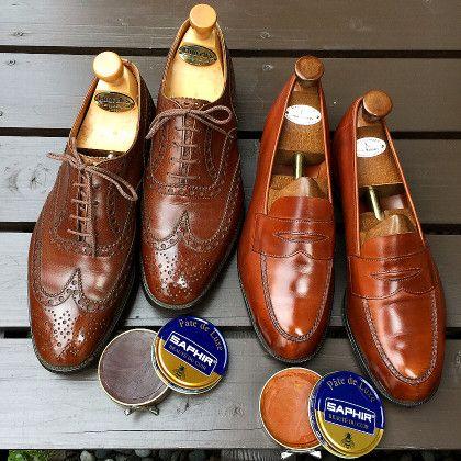 キィウィで磨いた靴をアップした時の事。欧州の靴マニアから「サフィールの方が良い」との声をいただいた。ヨーロッパの長い靴文化がフランス製のシューケア用品を推挙させたのだろうか、直ぐにサフィールでポリッシュした結果を再度アップしたばかりだ。そこで今回はその時の様子を伝えたい。