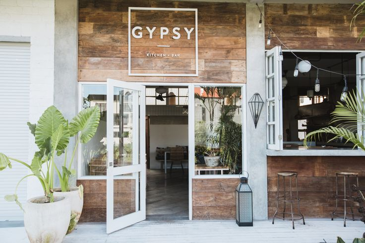 Located 5 minutes from the beach in Canggu, Gypsy Kitchen and Bar serves fresh cocktails and Bali's finest food from famous Canadian chef Robin Filteau-Boucher.    PHOTOS BY CYNTHIA CARAZ DESIGN BY LACHAMBREDESIGNCO