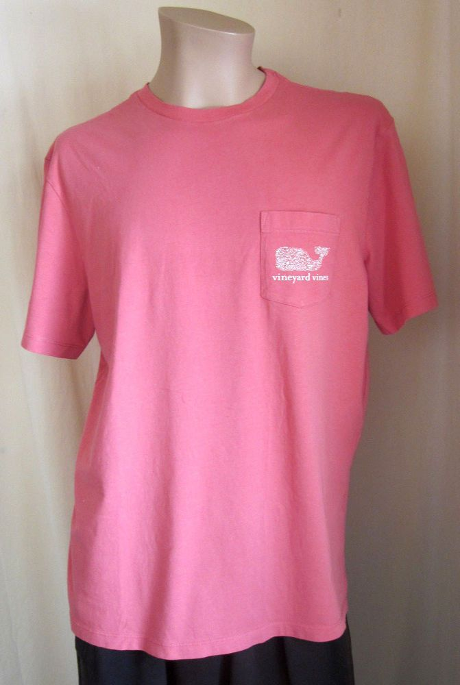 6bfe06ac7 VINEYARD VINES Men's Pink Whale Logo Graphic Preppy T-Shirt M Medium # VineyardVines #GraphicTee
