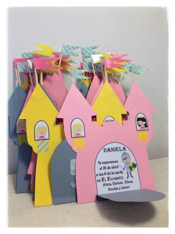 Jolie invitation pour anniversaire enfant thème rois/reines/princes/princesses.