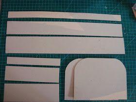 PAP - Maletinha em Cartonagem     PAP feito especialmente para a querida Yas!       MATERIAL   Papel Paraná 2mm   Papel Cartão   Tecido 10...