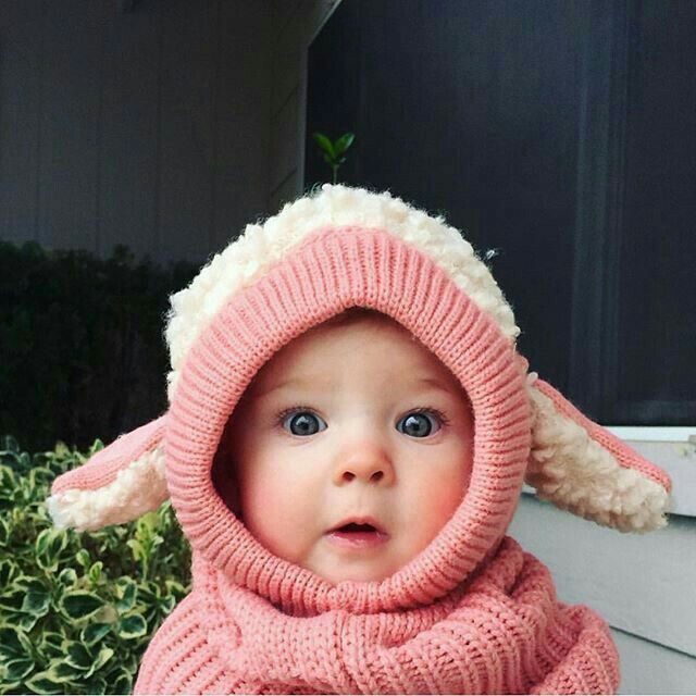 Such an Adorable little girl..