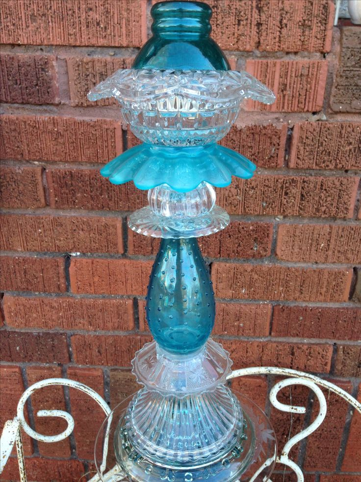 Turquoise glass garden totem with solar light   Moonstone Cottage