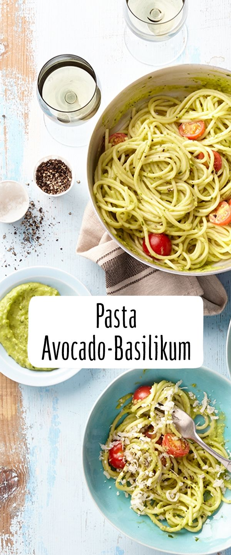 Avocado und Basilikum Pasta