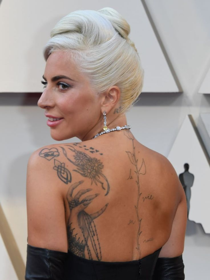 Lady Gaga Updated Old Hollywood Glamour at the Oscars With