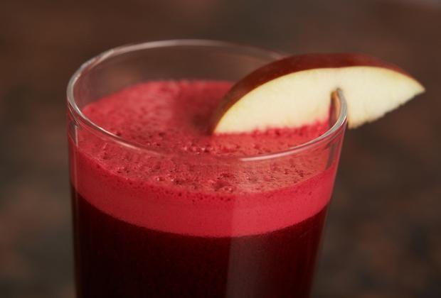 Este impresionante jugo te ayudara a limpiar el hígado y purificar la sangre en 7 días, este jugo se debe tomar tres veces al día durante 7 días consecutivo